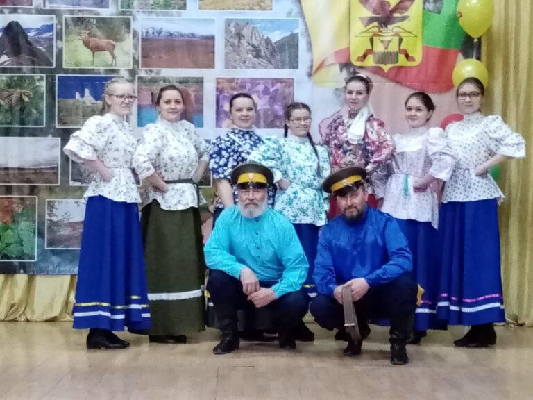 19 Народный семейный ансамбль Раздолье